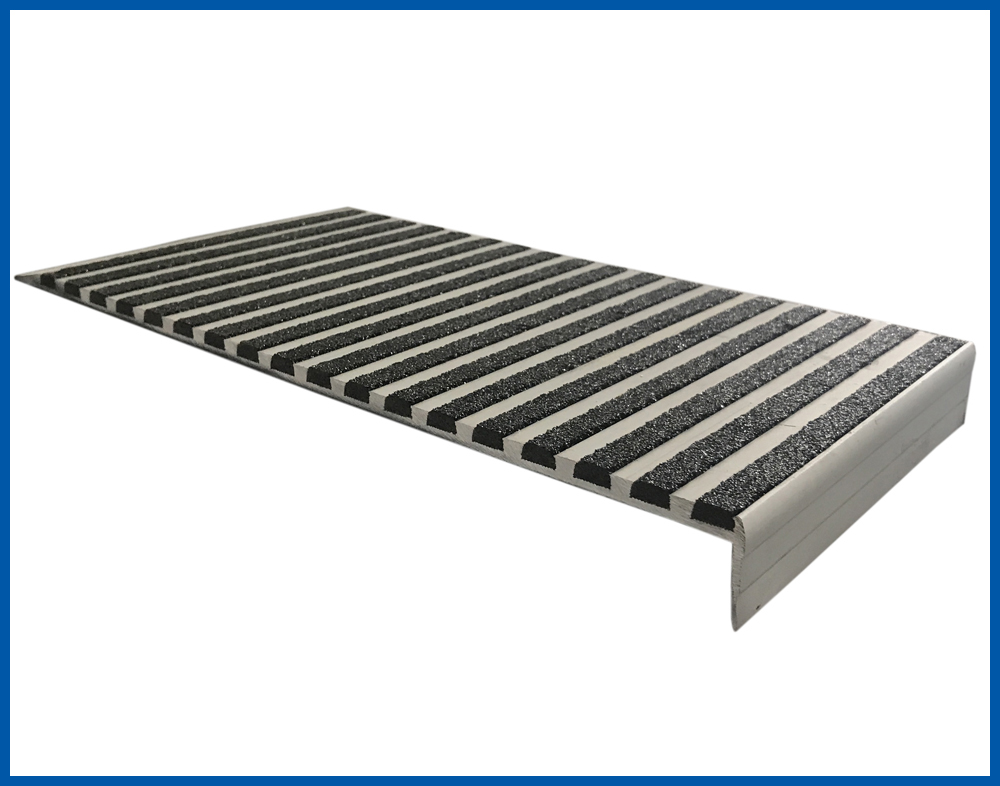 276mm width aluminum stair nosing with Carborundum insert