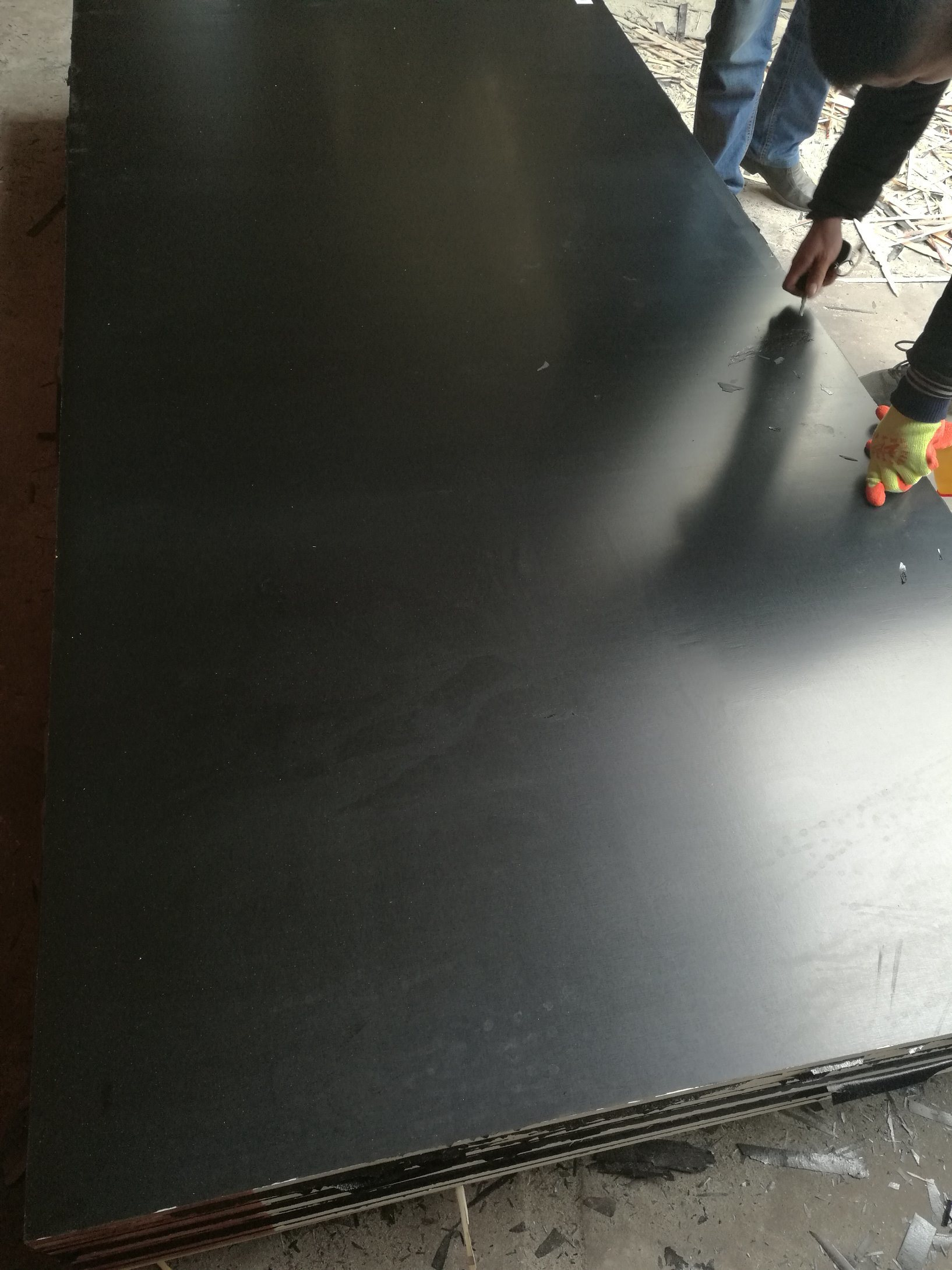 18mm Black Film Faced Plywood Boards Used for Shuttering Concrete