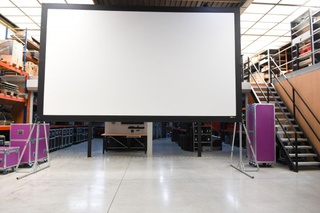 350'' fast fold projection screen with complete kit frame and front screen