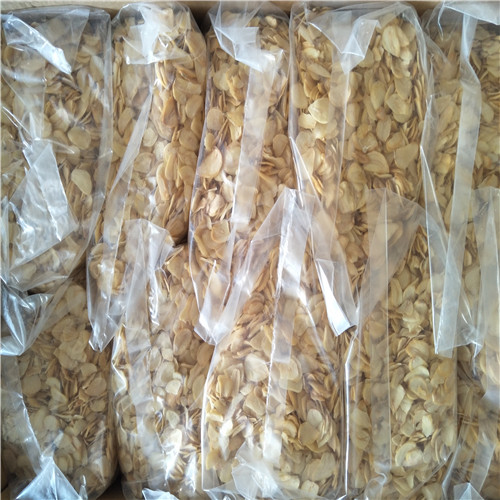 Fine Chinese Dehydrated Garlic Flakes Peanut Allergen Free