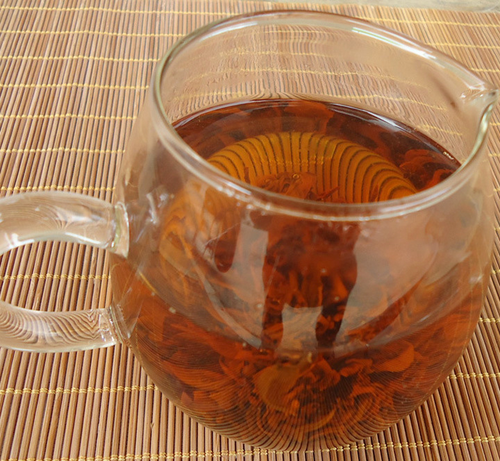 Black dragon pearl(Yun Nan black tea)