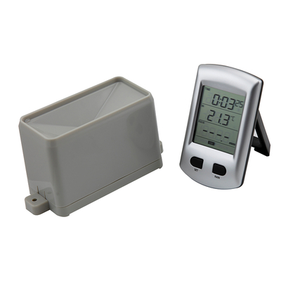 Wireless rain gauge with indoor thermometer WH0203