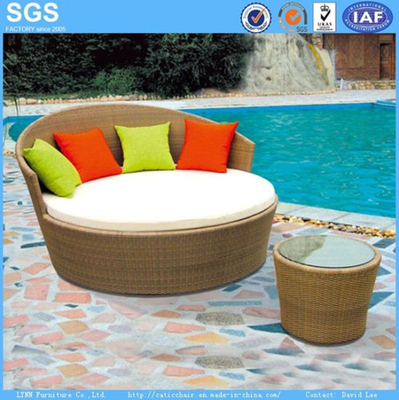 Outdoor Furniture Round Rattan Daybed