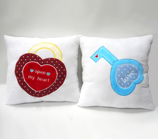 Valentine Gift Pillow Cushion Plush Cushion with Lock Heart
