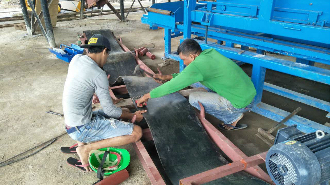 QTY4-15 block machine in Philippines (6)