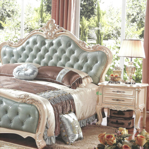 Classic Bedroom Furniture with Wood Bed and Dresser Table