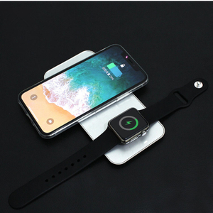 Hot Wholesale Universal 2in1 QI Wireless Fast Charger for IPhone 2in1 Fast Wireless Charger for Apple Watch PortableWireless Charger for Iwatch for Mobile Phone
