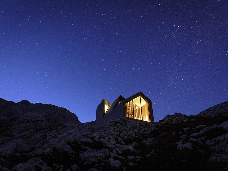 Alpine Shelter Skuta9.jpg