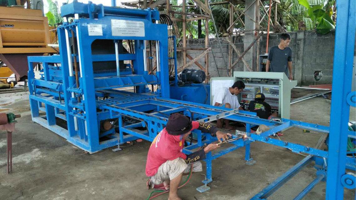 QTY4-15 block machine in Philippines (9)