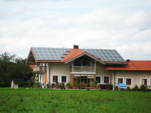 "<span style=""color:#FFFFFF;"">PV Roof Installation<br> Module Manufacturer: Toenergy Solar<br> Total Capacity: 5.6kw <br> Date of Establishment:December,2010<br> Location: Munich, Germany</span>"