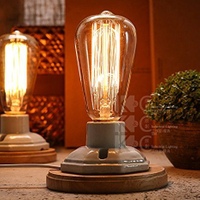 Clear Glass Light Bulbs with Antique / Vintage Thomas Edison Style Filament - for Pendant Lighting, Lamps & String Lights
