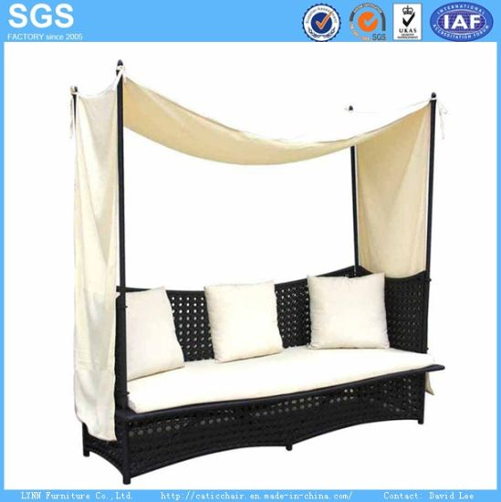 Leisure Furniture Hotel Furniture Rattan Sofa Bed Daybed
