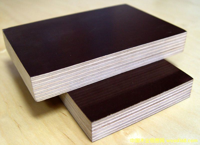 Duraplex Film Faced Plywood with Poplar Core Brown Film