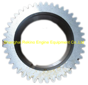 Cummins 6CT Crankshaft gear 3918776 engine parts