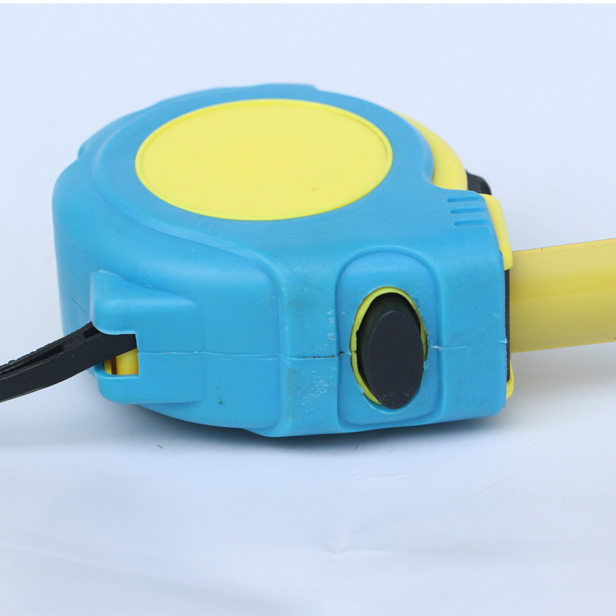 heavy duty self-locking retractable tape measure