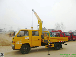 3.2T JMC double cab small truck with XCMG 2T crane Euro 4 ,5
