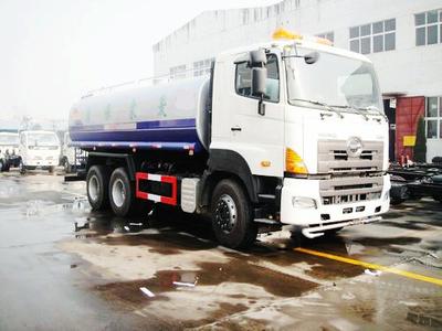 HINO 700   18cbm water truck 350HP