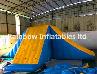 RB32055(9x9x3m)Inflatables water game