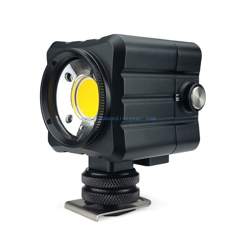3000 LM Underwater Photo Video Mini Flash Dving Light for Action Cameras