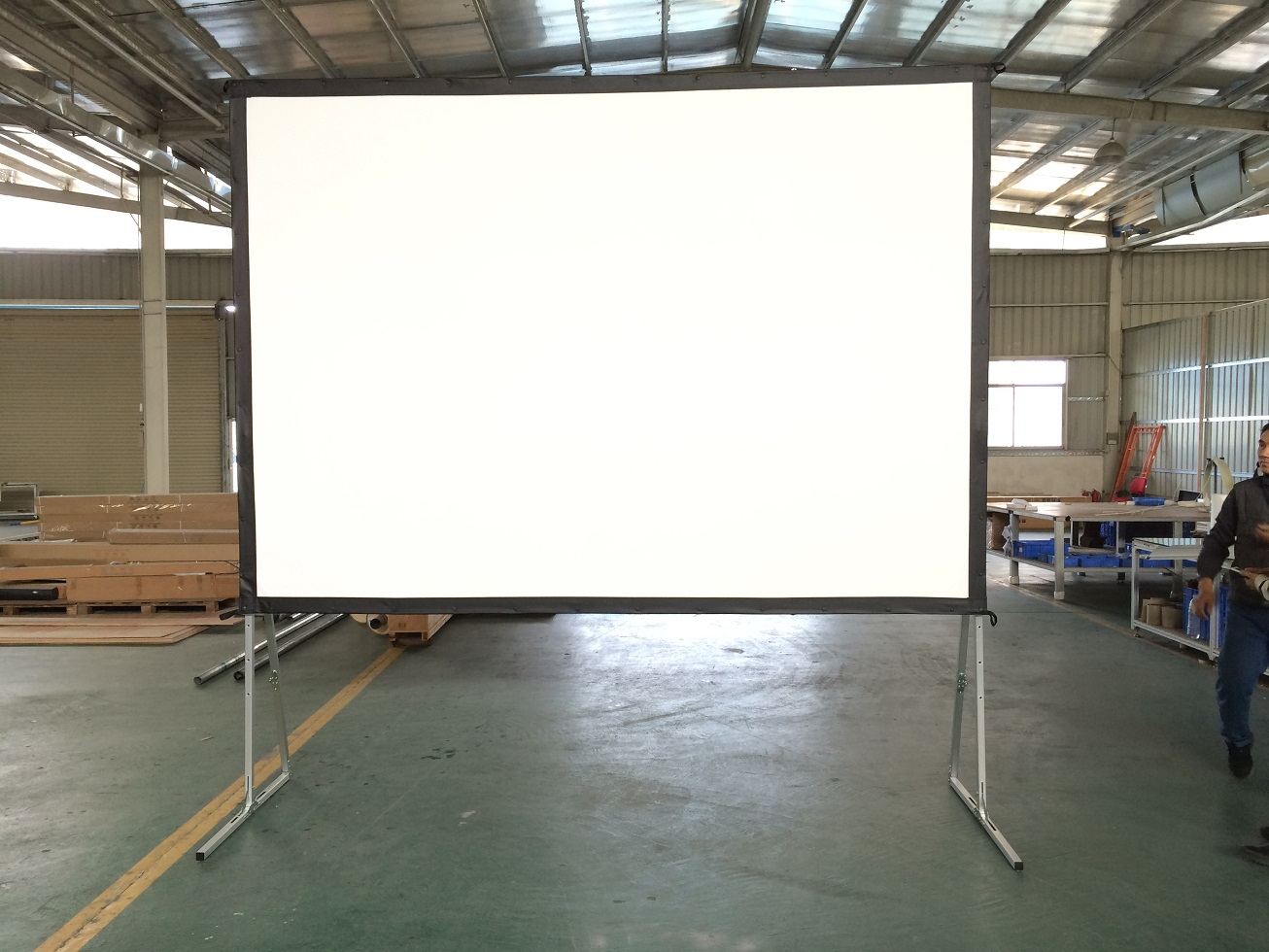 100'' Fast Fold Projector Screen With Front And Rear Projection