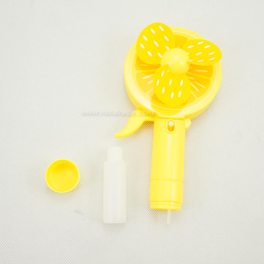 No Battery Plastic Squeeze Mini Fan with Cooling Sprayer