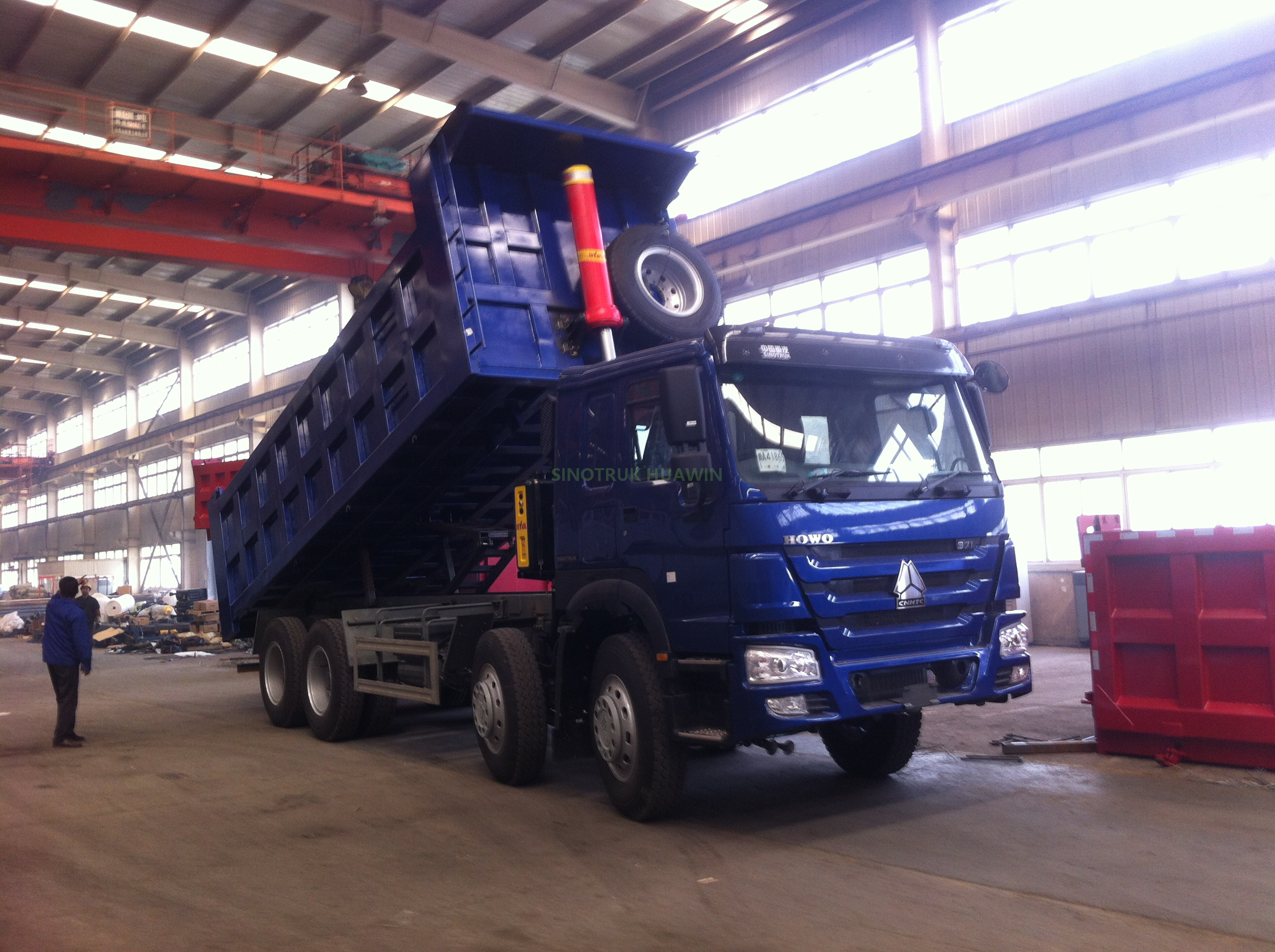 HOWO 8X4 Dump Truck Front Tipping
