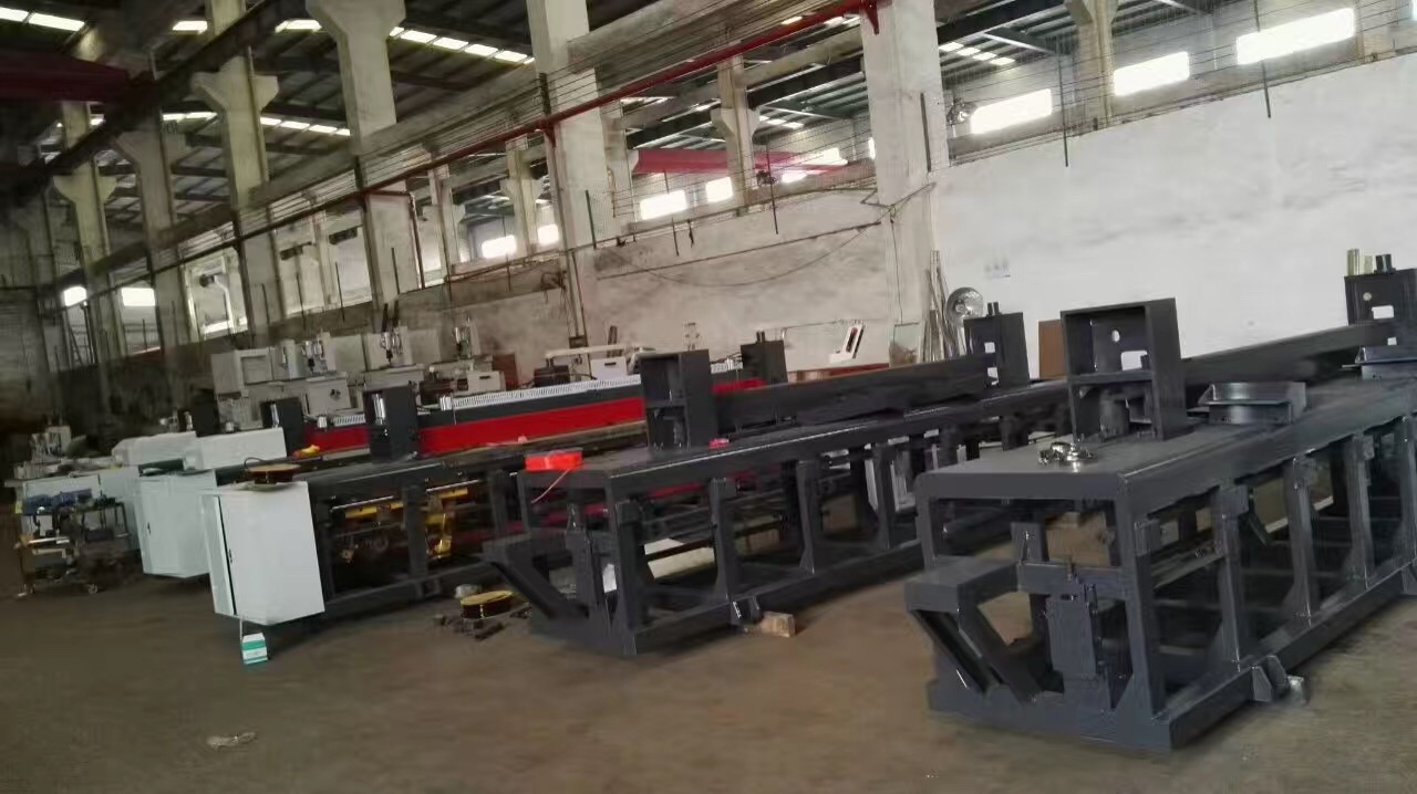 Foshan Mingji cnc panel saw machine are under production