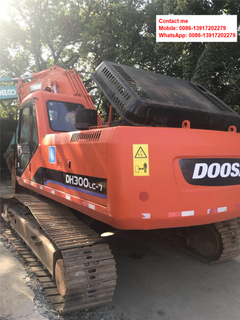 Used Doosan DH300 Crawler Excavator on Sale in China