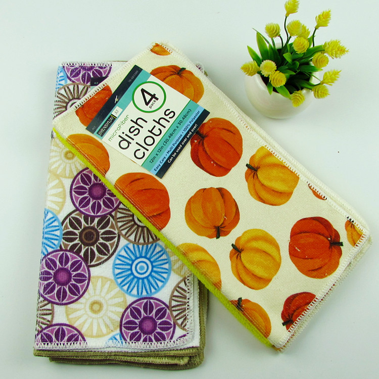Microfiber printed kitchen towel, small square towel for cleaning and wiping, can be customized pattern.