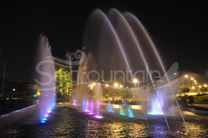 dancing fountain seafountain (15).jpg
