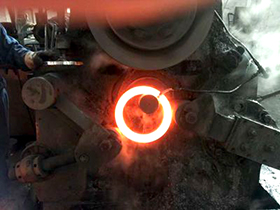 ring rolling machine
