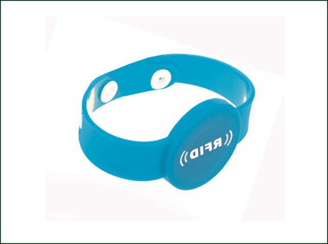 Soft PVC UHF Disposable RFID Tag Wristband for Access Control