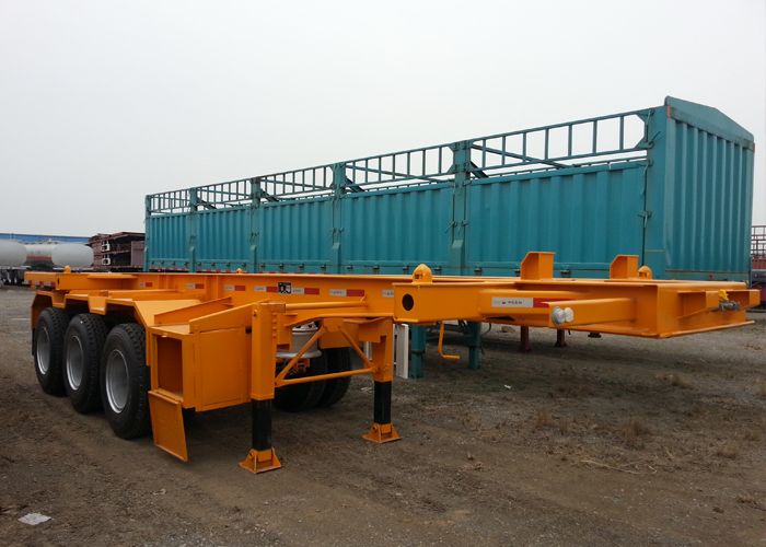 20 Feet Skeleton Semi Trailer with 3 axles for super heavy Container and organic Tank Container