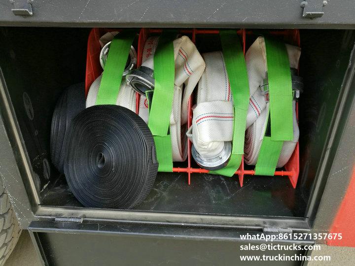 fire pump water 1200Gallon-13cbm water tank lorry truck.jpg