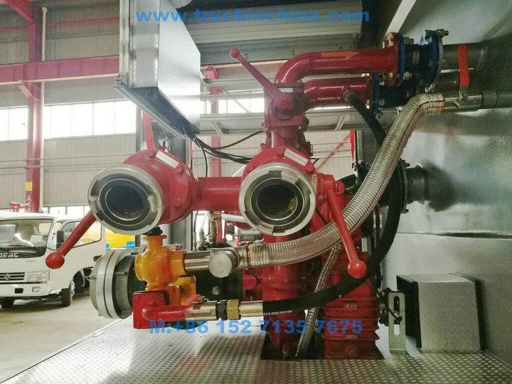 ISUZU-Fire-truck-033_1