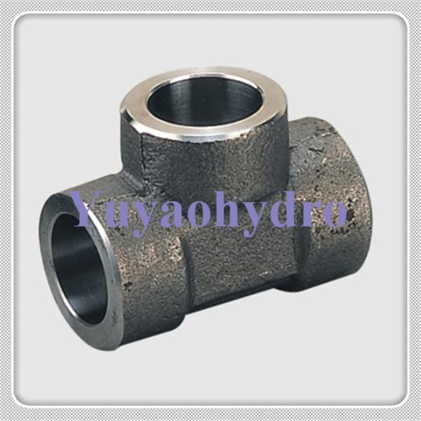 Hydraulic socket weld pipe fittings