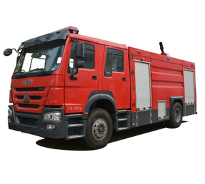 HOWO Foam Fire Truck 4 X 4 Off Road All Wheel Drive with 6500Liters - 8000L Water Foam Tank