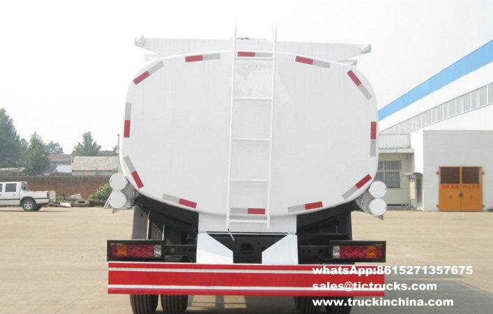 Camion-citerne de la distribution de pétrole de sinotruck de SINOTRUK 4X2