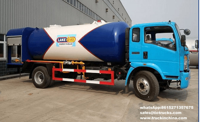 Sinotruk HOWO 4x2 10cbm LPG Bobtail Truck for Cooking Gas Cylinder Refilling