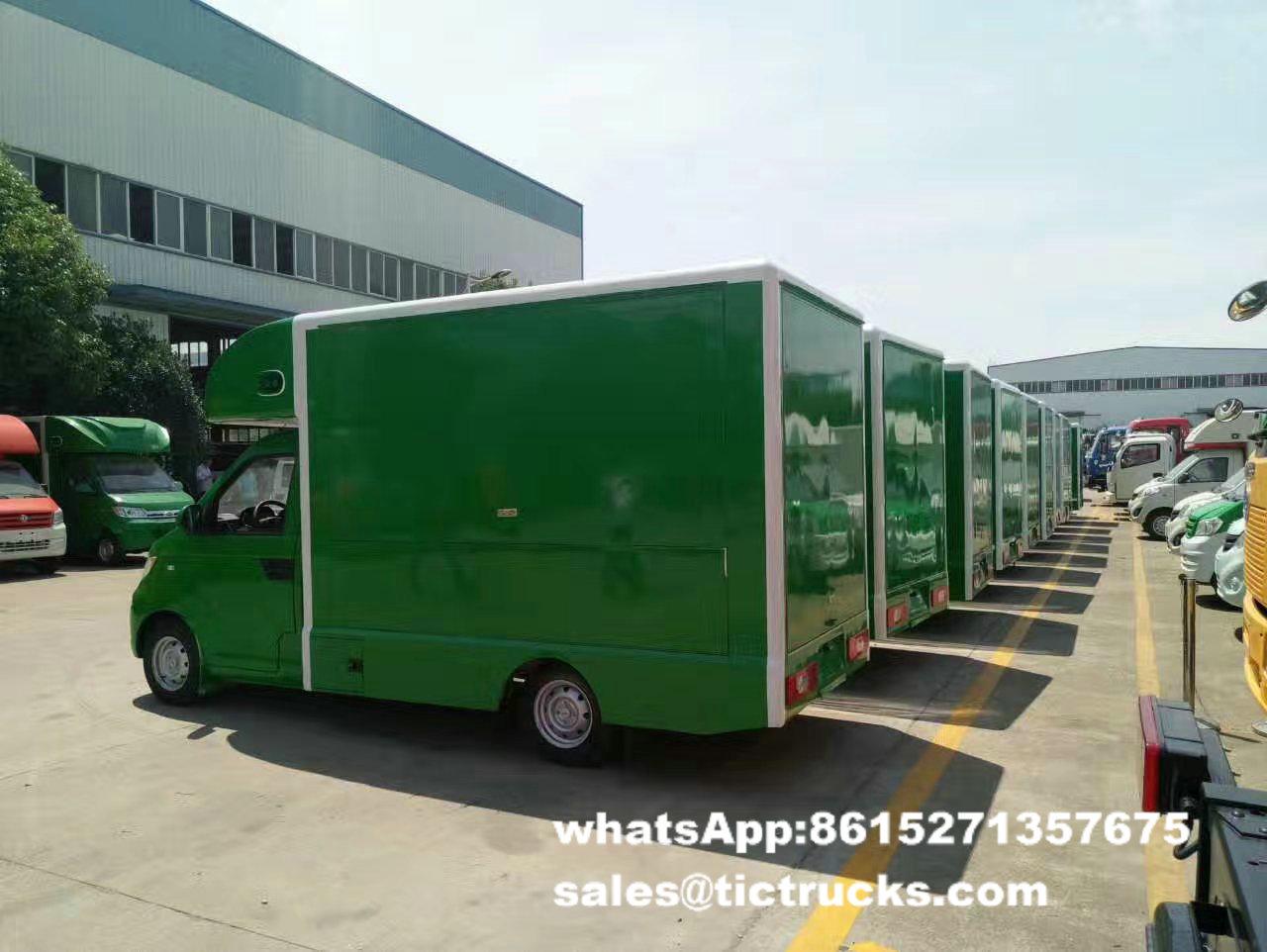 food van -054-food-cooking-Vehicle.jpg