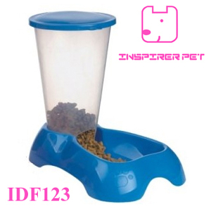 American Seat-Style Dog Feed Trough Pet Drinking