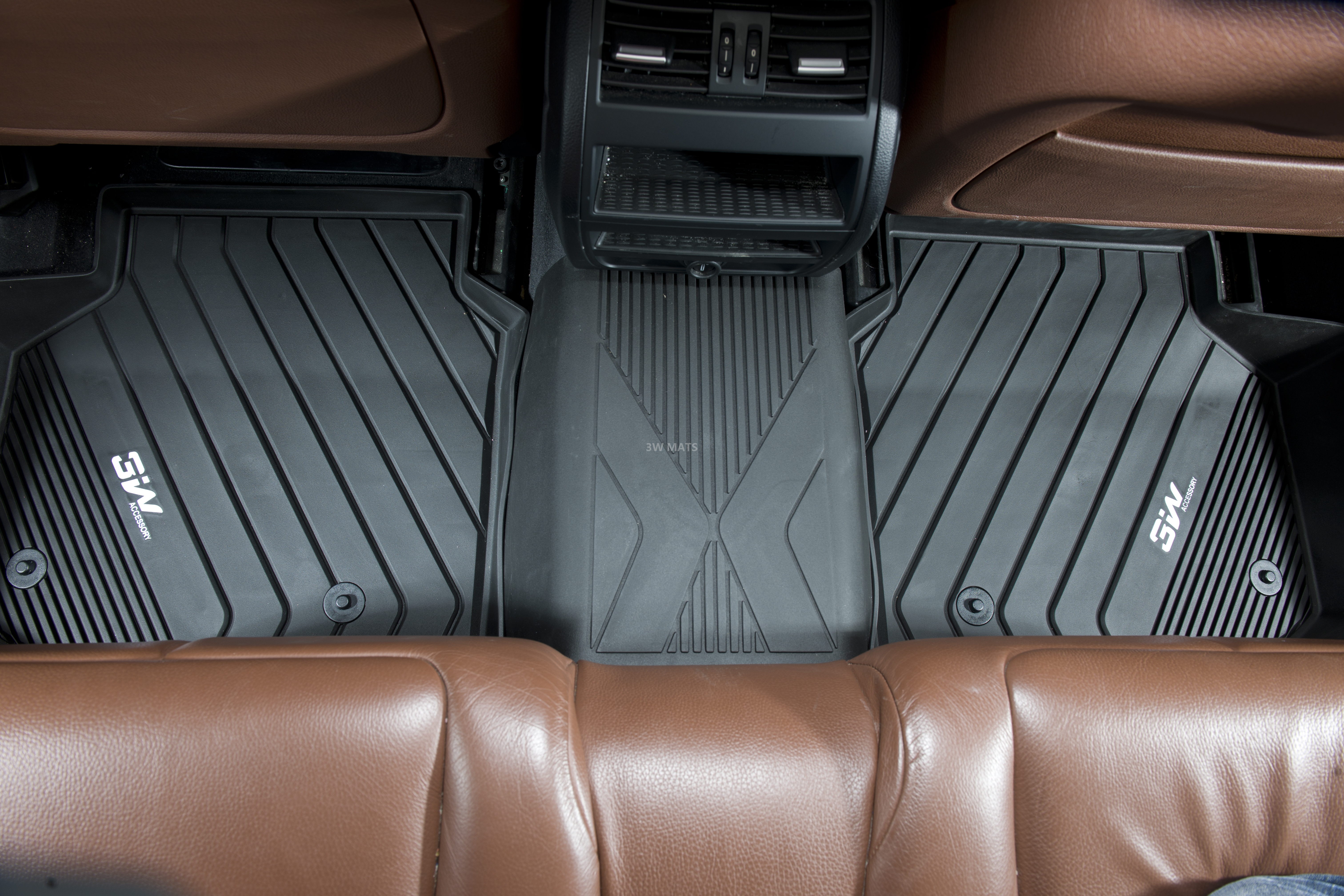 overview is navi peel rearview lexus listings vehicle free car img mats sales accident