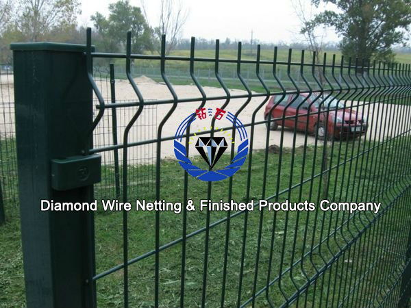Construction temporary welded wire mesh fence diamond