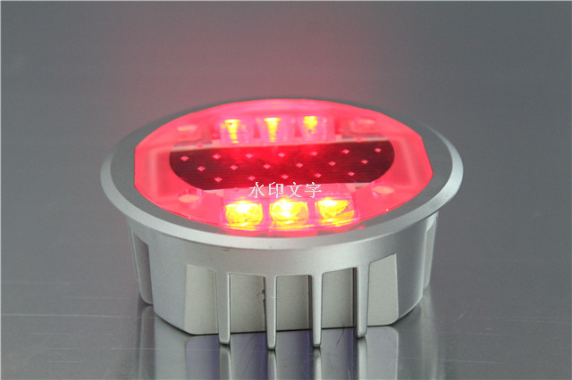 Solar led embedded road stud