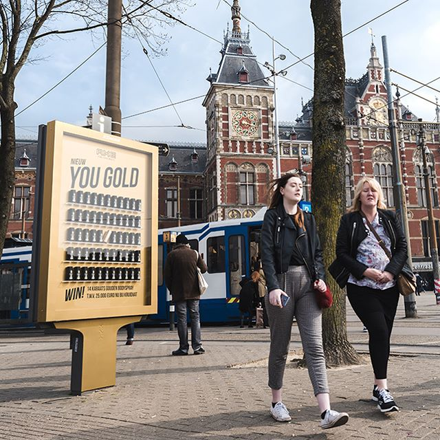 Axe showcased its Gold Fresh Body Spray on the streets of Amsterdam with JCDecaux the Netherlands.