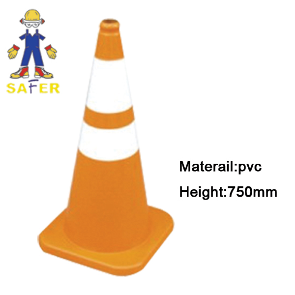 traffic cone/road cone/safety cone
