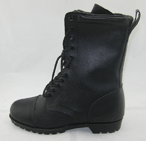 Vulcanized army boots
