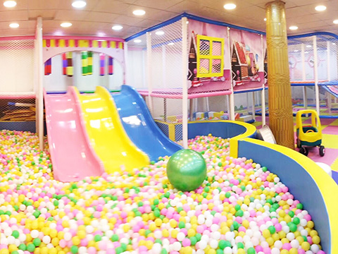 Ball Pit of Candy theme indoor playground