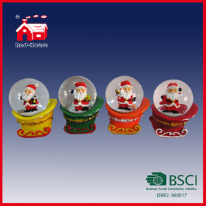 Polyresin Christmas Snow Globe Decoration Water Globe with LED Lights Santa Claus