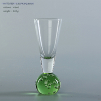 2019 new design clear glass champagne flute with unique green round bottom